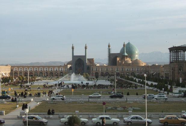grande place imam ispahan