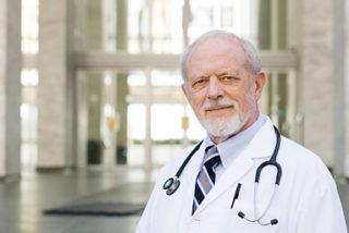 Montréal : départ à la retraite de 500 médecins