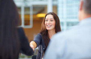 Diplôme universitaire : emploi garanti ou un an gratuit