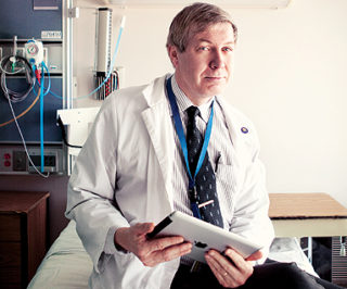 Un projet-pilote à l'Hôpital d'Ottawa a complètement transformé les rapports ent