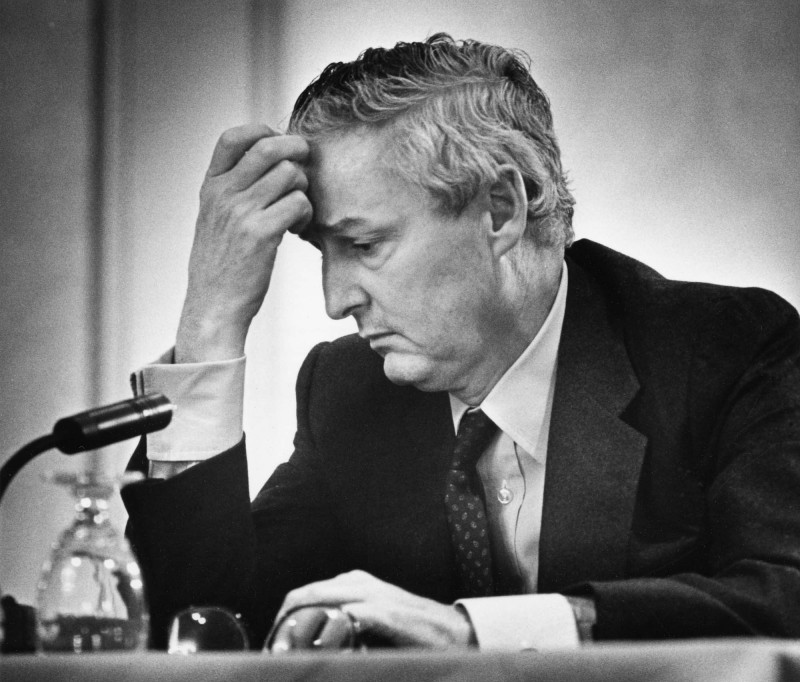Paul Desmarais se prononce devant la commission Kent à Ottawa, en 1981. (Photo: Chuck Mitchell/Presse canadienne)