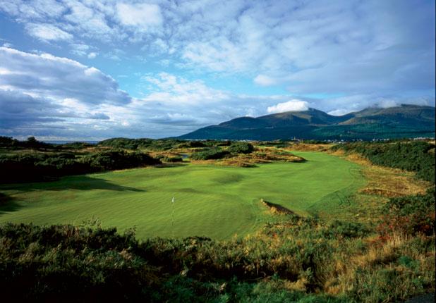 Le Royal County Down, en Irlande du Nord - www.golfdigest.com