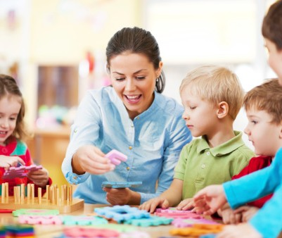 173230386-nursery-teacher-playing-with-the-kids-gettyimages[1]
