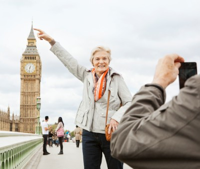 147397583-mature-couple-in-front-of-big-ben-gettyimages