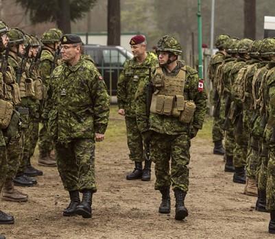 Le chef d'état-major de la Défense, Jonathan Vance, a lancé en juillet l'opération Honneur pour lutter contre les violences sexuelles dans les rangs. Saura-t-il rebâtir la confiance des victimes dans la justice militaire? (Photo: Adrian Wyld/La Presse Canadienne)