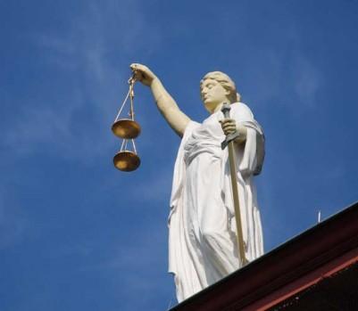 justice-statue-mini
