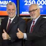 De gauche à droite: Jacques Daoust, Martin Coiteux, Philippe Couillard et Carlos Leitao, lors de la dernière campagne électorale. (Photo: Paul Chiasson/La Presse Canadienne)