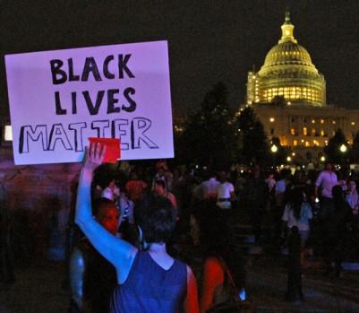 AP Photo/Paul Holston