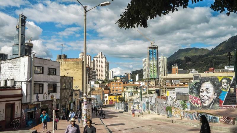 Le chic district de Chapinero, à Bogotá, où poussent les tours d'habitation. (Photo: H. Jarvelainen/Getty Images)