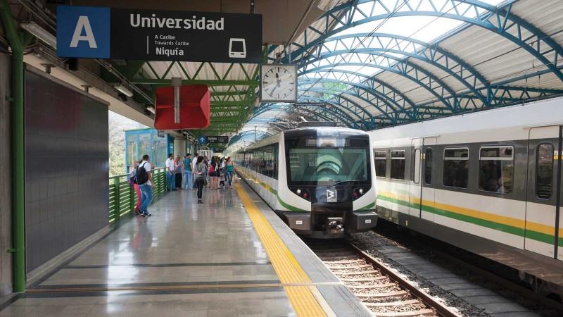 La station Université du métro de Medellín, qui a marqué la renaissance de la ville. (Photo: Stuwdamdorp/Alamy Stock Photo)