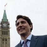 Depuis son élection, Justin Trudeau jouit d'un succès d'estime, auquel l'opposition contribue malgré elle, faute de leaders. (Photo: Sean Kilpatrick/La Presse Canadienne)