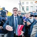 La résistance des Wallons, représentés par leur ministre-président, Paul Magnette, aura eu le mérite de faire éclater au grand jour la question de l'arbitrage privé. L'accord devait être signé le 27octobre, après plus de sept ans de négociations. (Photo: Stéphanie Le cocq/EPA/La Presse Canadienne)