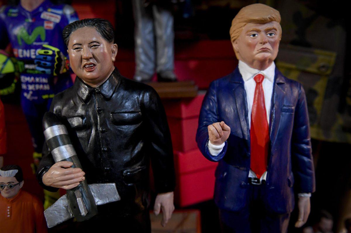 Figurines de Kim Jong-un et Donald Trump